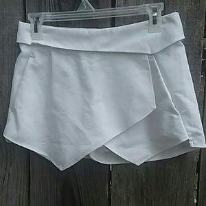 Zara Tennis Skort White Size XS